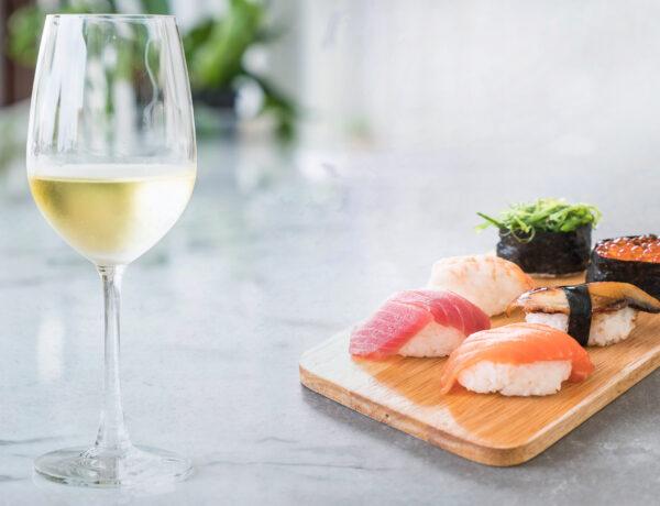 mixed sushi set - japanese food